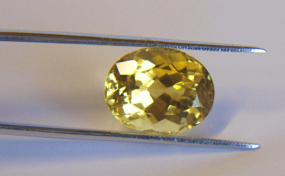 Beryll gelb 15,7Karat